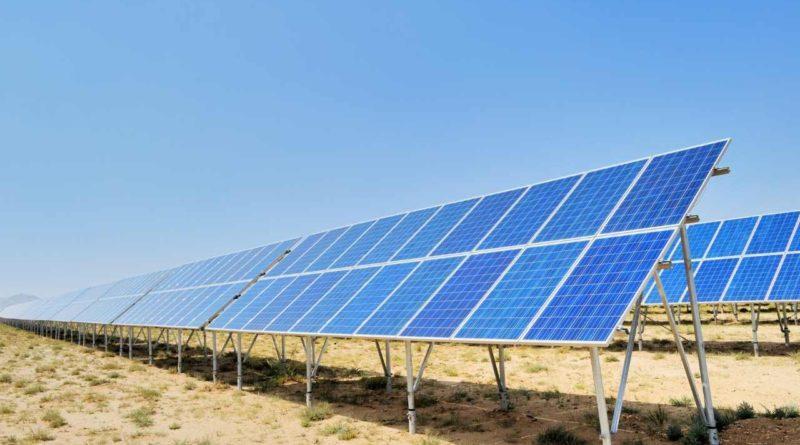 مصر: شركة ib Vogt الألمانية تعلن عن توصيل ثلاث محطات طاقة شمسية جديدة في بنبان