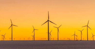 ديوا تدعوا الشركات الاستشارية لدراسة جدوى مشروع محطة طاقة الرياح في حتا دبي