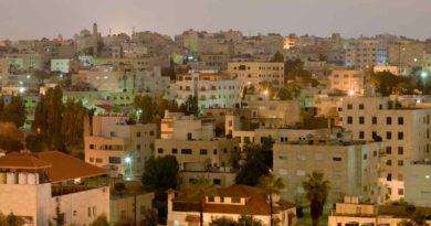 فيلادلفيا للطاقة الشمسية توصل محطة مركز العبدلي الطبي بقدرة 8.2 ميجاواط في الأردن