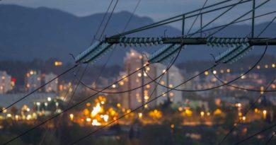 الشركة التونسية للكهرباء و الغاز تحصل على تمويل ضخم من AfDB للتحضر لمشاريع الطاقة المتجددة