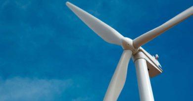 توقيع عقود مزرعة طاقة رياح في بوجدور المغرب بقدرة 300 ميجاواط