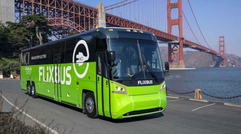 أول حافلة ركاب كهربائية مخصصة للسفر بين المدن في كاليفورنيا الأمريكية
