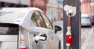 السيارات الكهربائية المرخصة في دبي