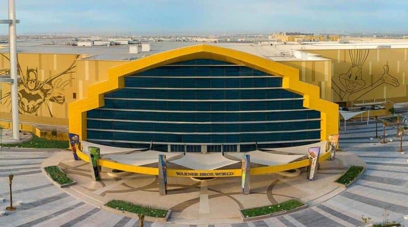 لتطوير أكبر مشروع طاقة شمسية على أسطح المباني في المدينة الترفيهية وارنر براذرز ورلد