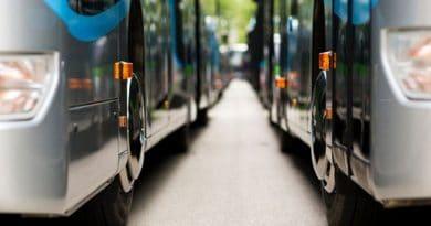 حافلات عديمة الإنبعاثات الكربونية