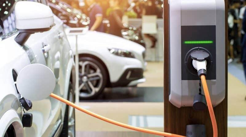 تركيب 100 محطة شحن للسيارات الكهربائية في مصر